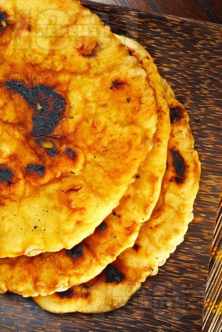 Паратха - индийски питки - снимка на рецептата